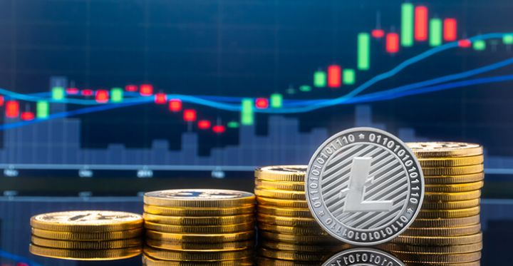 01_A-silvery-LTC-coin-in-front-of-rising-trading-chart.jpg