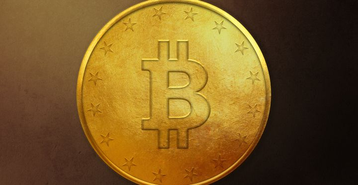 04_Golden-Bitcoin-Coin-on-dark-background.jpg