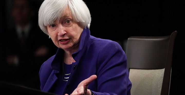 05_A-picture-of-Janet-Yellen-speaking-at-a-conference.jpg